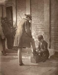 Street life in London, John Thomson (1877)