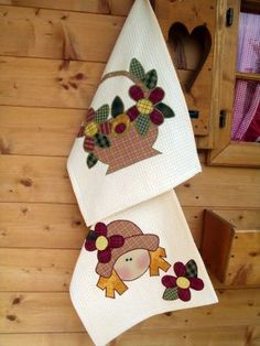 pano de prato Applique Stitches, Hand Applique, Applique Patterns, Applique Quilts, Applique Designs, Embroidery Applique, Quilt Patterns, Patch Quilt, Quilt Blocks