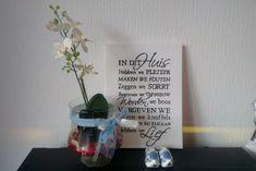 Uitleg om zelf eenvoudig een tekstbord te maken met de huisregels van het gezin. Leuk cadeautje voor mama!