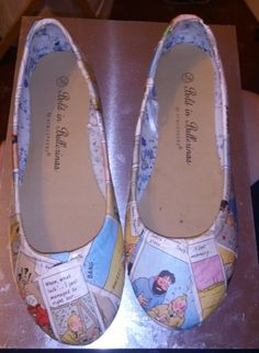 arteclair:  My second pair of Tintin comic book shoes