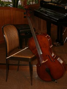 . I get a little scared seeing the cello like that against the chair..