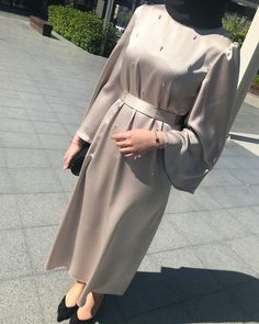 Your scarf is a vital element while in the outfits of females together with hijab. Modest Fashion Hijab, Hijab Style Dress, Modern Hijab Fashion, Casual Hijab Outfit, Abaya Fashion, Muslim Fashion, Fashion Dresses, Hijab Dress Party, Dresses Dresses