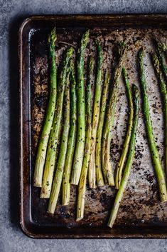 Flavorful Sesame Garlic Roasted Asparagus Is Deliciously Seasoned And Cooked To Crunchy Perfection This Easy