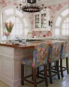 Shabby Chic Kitchen  {ffpaws} I love those chairs.  No ruffle, 'cause my husband has to live in here, too!