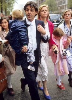 Paul, Linda, & kids-- Something to be said:  I admire Paul McCartney who seems like the forever Dad and faithful husband to this woman he called lovely Linda.  God rest her soul....