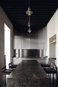 morq architettura / domus romae umbrarum, roma