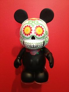 """Made this for our own Vinylmation collection.  Loved it so much, I posted on Ebay!   Vinylmation 9"""" Acrylic Floating Display Wall Stand"""