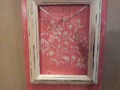 I was dying to try out crackle-glaze on my Plaquettes to see how it would work out and how it would tie in with the overall look. In the pa. Vintage Style, Vintage Fashion, Funky Junk, Art Pictures, Glaze, Bouquet, Handmade Items, Craft Ideas, Tie