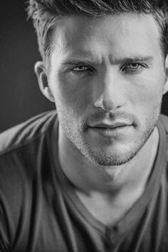 Scott Eastwood,the country man