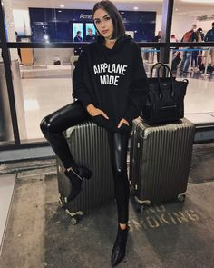 """35.3k Likes, 204 Comments - Olivia Culpo (@oliviaculpo) on Instagram: """"✈️✈️✈️✈️✈️ bye #Sydney. I can't wait to come back!! Thank you guy for telling me so many fun things…"""""""