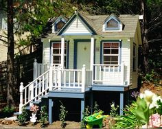 custom made girls playhouse on stilts