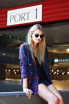 Oversized plaid blazer or flannel with mini dress. such an easyy fashion statement.