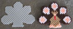 Turkey Plastic Canvas Thanksgiving Ornament or por AdelesCrafts Plastic Canvas Coasters, Plastic Canvas Ornaments, Plastic Canvas Crafts, Plastic Canvas Patterns, Needlepoint Patterns, Cross Stitch Patterns, Yarn Crafts, Diy Crafts, October Crafts