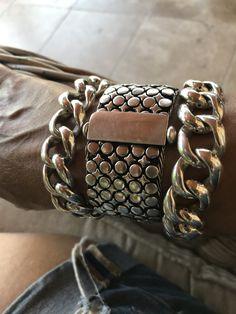 Boho Jewelry, Jewelry Art, Jewlery, Silver Jewelry, Mens Gold Bracelets, Fashion Bracelets, Jewelry Bracelets, Hapkido, Skull Bracelet