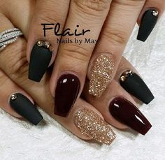Dark red coffin nails for birthday - New Expression Nails coffin nails dark colors - Coffin Nails French Nails Glitter, Black Gold Nails, Red Nails, Hair And Nails, Matte Nails, Acrylic Nails, Gorgeous Nails, Love Nails, Pretty Nails