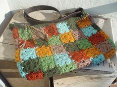 inspiring me to create my own #crochet bag...