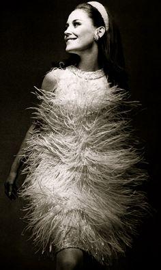 Guy Laroche 1966 string dress beaded party cocktail dress 60s fringe short mini unique photo print ad designer vintage fashion