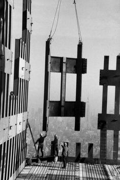 Construcción de una de las Torres Gemelas de Nueva York, a finales de los 60