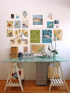 home office desk organization via Geninne's Art Blog