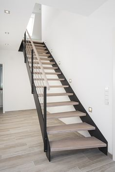 Modern stair railing ideas modern stair railing modern house great modern stair railing as though modern . Open Stairs, Loft Stairs, Floating Stairs, House Stairs, Home Stairs Design, Interior Stairs, House Design, Modern Stair Railing, Modern Staircase