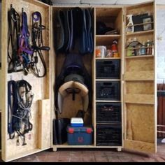 Tack Locker, Horse Tack Rooms, Tack Box, Clothes Horse, Shoe Rack, Lockers, Entryway, Horses, Horse Stuff