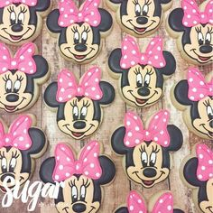 Minnie Mouse #customcookies #decoratedcookies #dfw #dallas #fortworth