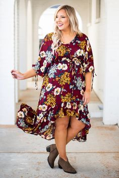 Divine Wine Dress, Burgundy – Chic Soul Plus Zise, Wine Dress, Plus Size Fashion Blog, Burgundy Color, Modest Dresses, Dress Skirt, Most Beautiful, Floral Tops, Bohemian