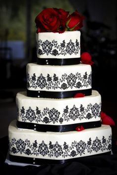 Black, white and red wedding cake!