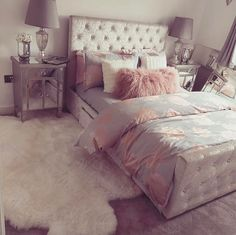 Teen bedroom themes must accommodate visual and function. Here are tips to create the coolest teen bedroom. Dream Rooms, Dream Bedroom, Pretty Bedroom, Bedroom Decor, Teen Bedroom, Bedroom Ideas, Girl Bedrooms, Bedroom Furniture, Bedroom Themes