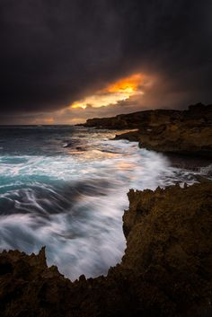 Warrnambool, Thunder Point, Victoria, Australia // Premium Canvas Prints & Posters // www.palaceprints.com