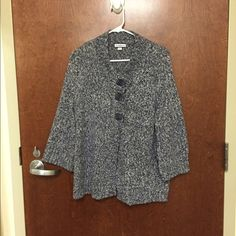 Croft and Barrow Speckled Sweater Jacket This is a super cute and cozy sweater jacket! It is super soft as well! It's a speckled blue color. It's in great condition! I will accept any reasonable offers :) Croft & Barrow Sweaters Cardigans