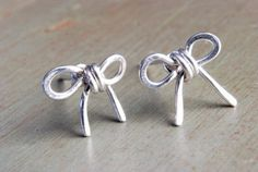 Silver Bow Tie Earrings Sterling Tie Knots by paperfacestudio, $26.00 WANT WANT WANT these :)