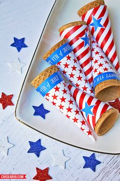 Free printable ice cream cone wrappers for the of July! (use patterned paper for other party themes) Fourth Of July Food, 4th Of July Celebration, 4th Of July Party, July 4th, Patriotic Crafts, Patriotic Party, July Crafts, 4. Juli Party, Happy Birthday America