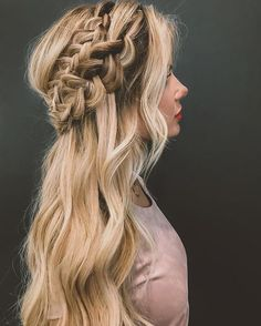Accurate photo credit vs. my putting my Pinterest carry for no reason goes to... **Amber Fillerup aka Barefootblonde -half up double dutch braids