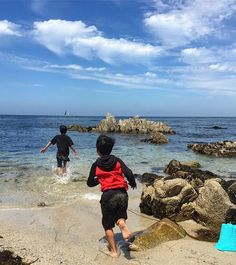 """""""As children we were fascinated by magic, As adults we fear love, At what point did we forget they are the same thing?"""" - J.R. Rogue  #love #lovequotes #childhood #children #beach #ocean #monterey #montereyca #pacificgrove #carmel #carmelca #pacificocean #waves #sand #oceanlovers #beachlovers #ca #cali #california #californiacoast #summer #memorymonday #boys #running #montereylocals - posted by EviesSOL 🌅 https://www.instagram.com/fotosbyeva - See more of Monterey, CA at…"""