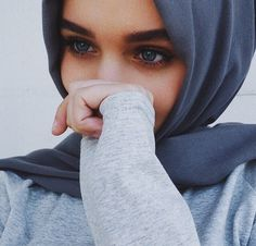 รูปภาพจาก We Heart It #beautiful #eye #goals #gorgeous #hijab #islam #lady #modest #perfect #modesty #hijabi #hijabiqueen