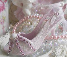princess pink shoe ornament