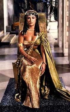 Elizabeth Taylor in the 1963 film 'Cleopatra'
