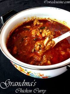 Chicken curry is a very popular and common delicacy in Kerala. There are many types of chicken curry cooked in Kerala. But this Grandma's style chicken curry is very aromatic chicken curry ma… Spicy Chicken Curry Recipes, Fried Fish Recipes, Veg Recipes, Indian Food Recipes, Cooking Recipes, Kerala Recipes, Indian Snacks, Spicy Recipes, Chicken Recipes