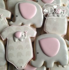 Baby shower cookies by Dolce Baby Cookies, Baby Shower Cookies, Royal Icing Cookies, Yummy Cookies, Baby Shower Favors, Baby Shower Decorations, Sugar Cookies, Shower Centerpieces, Baby Girl Elephant