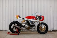 Walt Siegl Motorcycles : Ducati 900 SS / puma bike