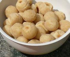 Ingredientes   500 g de tofu  500 g de polvilho azedo  2 colheres (sopa) de farinha de milho