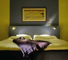 Simple contemporary hotel bedroom interior design and color design photos