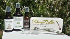 Dermaroller is a microneedling skin care tool that uses tiny needles to gently prick the skin and stimulate collagen & elastin. To repair any kind of skin damage, the skin needs to regenerate by creating new skin cells. Derma Roller, Organic Skin Care, Face And Body, Whiskey Bottle, African, Kit