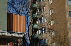 1950s: balconies with colourful fabrics | 1950-luku: värikkäät suojakankaat parvekkeissa