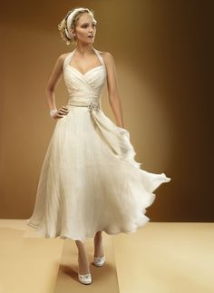 Short and Tea Length Wedding Dresses : 2013 Sexy Halter Tea Length Beach Wedding Dress - Wedding Lande Tea Length Wedding Dress, Tea Length Dresses, Wedding Dress Styles, Cheap Wedding Dress, Designer Wedding Dresses, Gown Wedding, White Tea Length Dress, Tea Length Bridesmaid Dresses, Wedding Beach