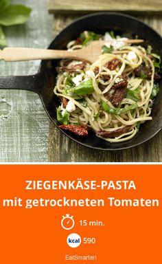 Ziegenkäse-Pasta - mit getrockneten Tomaten - smarter - Kalorien: 590 Kcal - Zeit: 15 Min. | eatsmarter.de