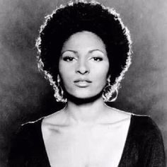 Here's a #FroFlashback to get you going this morning. The always #fierce #PamGrier.