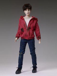 Tonner Doll R