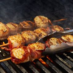 Learn to make Bacon Wrapped Grilled Scallops. Read these easy to follow recipe instructions and enjoy Bacon Wrapped Grilled Scallops today!
